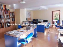 Oficina acondicionada en venta en zona Beiramar