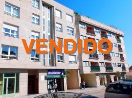 Piso de 90 m2 con garaje en Avda Atlántida