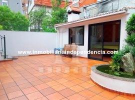 Casa de 216 m2 con parcela en zona Sanjurjo Badía
