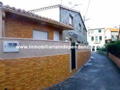 Casita reformada de 2 dormitorios en alquiler en Alcabre