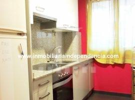 Piso de 2 dormitorios con garaje en Independencia