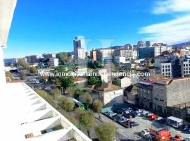 Piso ático de 137 m2 en zona Gran Vía con terraza