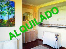 Apartamento amueblado con garaje en A Miñoca