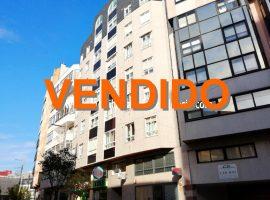 Piso de 134 m2 con garaje en Álvaro Cunqueiro