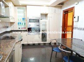 Piso amueblado de 3 dormitorios en Portanet