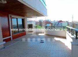 Piso de 180 m2 con garaje en López Mora