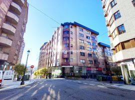 Piso de 4 habitaciones en c/ Tarragona